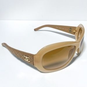 CHANEL Tan Leather Quilted Sunglasses 5116-Q Case